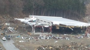 津波で完全に破壊された冷凍倉庫