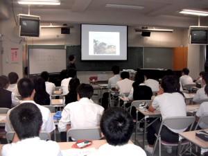 和泉中学校にて