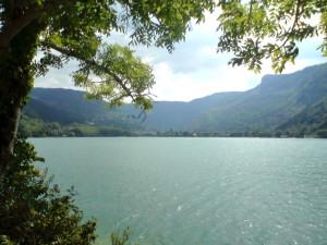 8/31通過したNantur手前1kmにある自然湖